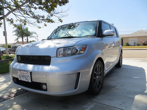 2009 SCION XB - Classic Silver one owner car 80000 Options Automatic Cargo mats 5 piece set Woo