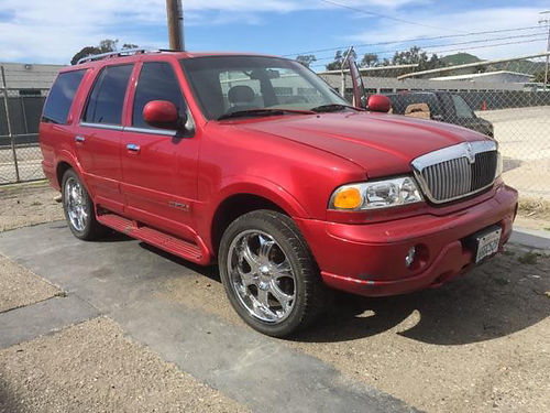 2000 LINCOLN NAVIGATOR auto 7 pass new cust whls 3rd seat all pwr AC CD great cond 3200 ob