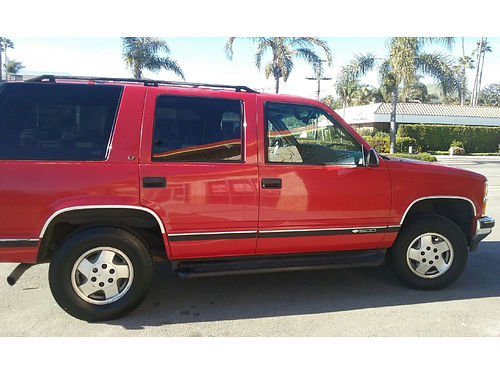 1995 CHEVY TAHOE 4X4 new tires radiator ERG valve Lifetiime brks alignment and tuneup recently