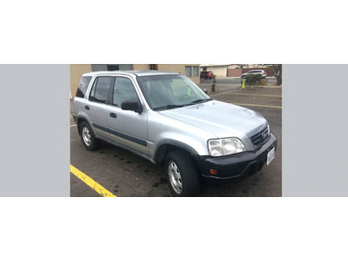 2001 HONDA CRV auto 4cyl all power AC runs good clean in and out slvg ttle 3200 obo for En
