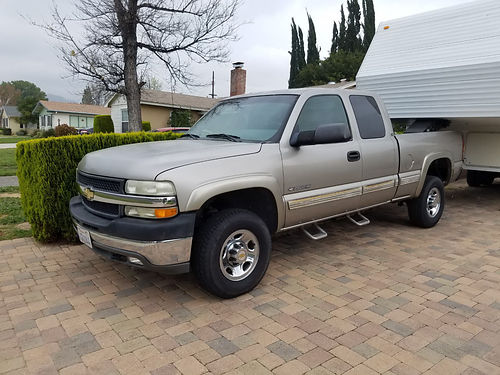 2001 CHEVY SILVERADO 2500 EXT CAB HD 81L V8 gas eng 2x4 Allison trans 70800 orig mi fully eq
