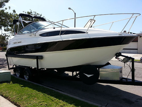 2006 BAYLINER 24 tv new lthr seats  int bar - 20K in upgrades like new low hrs mostly fresh