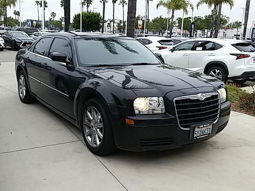 2007 CHRYSLER 300 - low miles clean carfax super clean auto mp3cd alloys 788140lx72554b 9