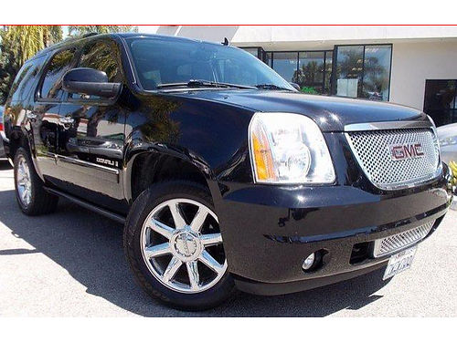 2009 GMC YUKON DENALI - Low low miles Clean Carfax 8 psngr Navi lthr DVD loaded 117119LSP0