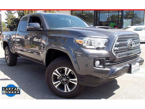 2016 TOYOTA TACOMA ACCESS CAB TRD Sport - Loaded V6 only 13500 miles Reverse cam prem model 0