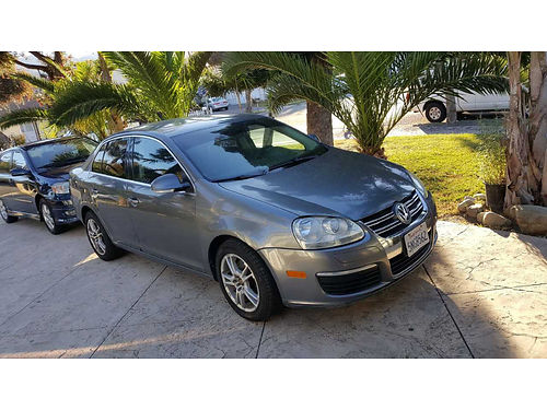2005 VW JETTA doesnt start or run needs mech work 145K mi automatic leather new tires 1500
