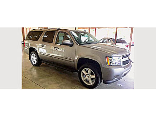 2007 CHEVY SUBURBAN - 4x4 leather 2066 14995 MOORE PRE-OWNED 201 Spring St Paso Robles 80