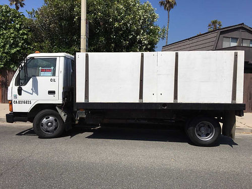 1995 MITS FUSO HD 5 spd manual Cabover diesel 186K mi Flatbed wsolid sides no dump runs grea
