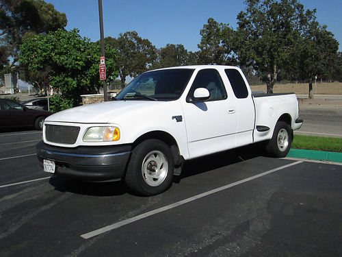 2002 FORD F150 EXT CAB XLT Stepside bed 4dr auto V8 all pwr AC CD tow pkg good tires runs