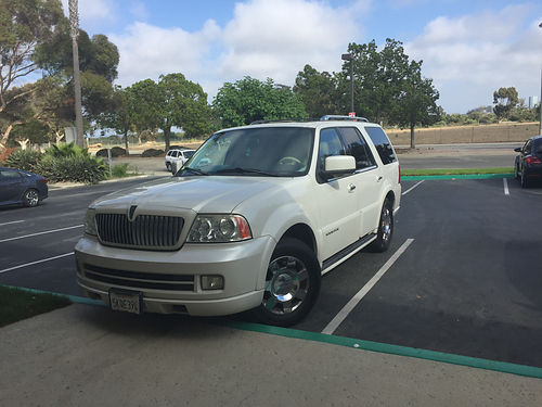 2005 LINCOLN NAVIGATOR auto 165K miles orig stereo leather int clean in  out no dents 5500