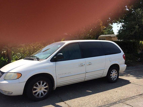 2001 CHRYSLER TOWN AND COUNTRY auto V6 3rd row rear bucket seats 137K mi 1 owner new Pioneer