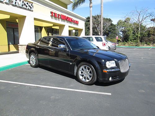 2005 CHRYSLER 300 clean Hemi eng auto V8 leather AC CD 4dr new tires low miles runs great