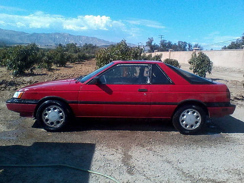 1989 NISSAN SENTRA SE Coupe auto 4cyl AC sunrf new tires new tags great gas mileage low mil