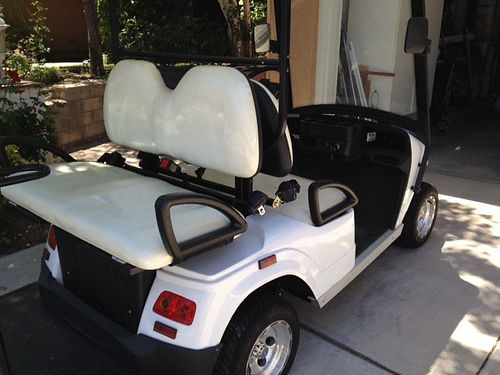 2010 NEV ELECTRIC CAR, STREET LEGAL, LESS ...
