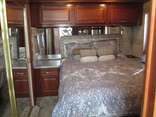 2002 FLEETWOOD EXPEDITION 36', DIESEL PUSHER, 2 ...