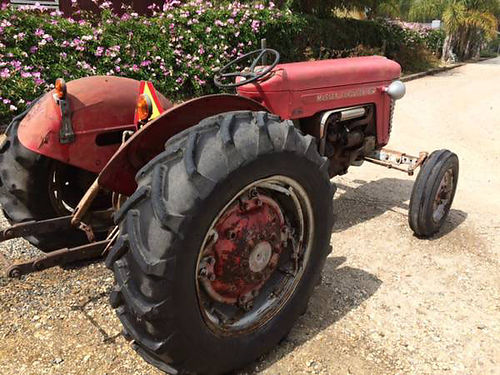1952 MASSEY FERGUSON 65 TRACTOR SN SGM650097 3 point hitch rebuilt carburator new NAPA battery