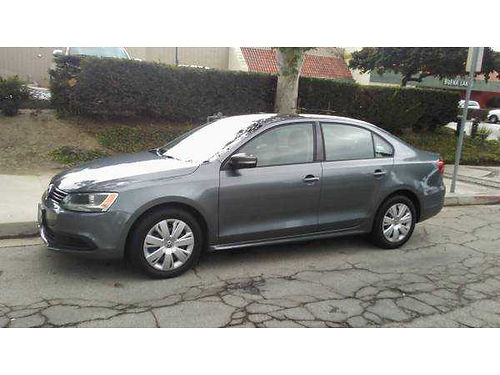 2011 VW JETTA auto 25L fully loaded super clean in  out AC CD 4dr very nice amazing runs