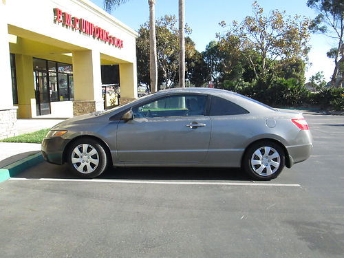 2006 HONDA CIVIC DX 2 dr HB 5 spd 4cyl 18L AC CD smogg check clean title good cond in  o