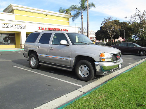 2004 GMC YUKON auto 53L V8 tow pkg 3rd seat rboards all power CDcass dual AC newer tires