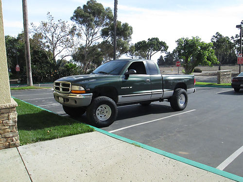 1997 DODGE DAKOTA EXT CAB auto V8 AC pw pdl lifted Weld racing whls runs xlnt needs minor p