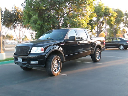 2004 FORD F150 CREW CAB 4X4 auto V8 gas bedliner tow pkg all pwer AC CD alarm runs great