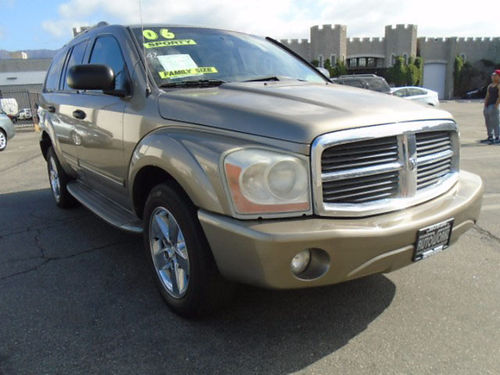 2006 DODGE DURANGO LTD  low miles Special of the week Xlnt cond in  out EZ Finance call Scott