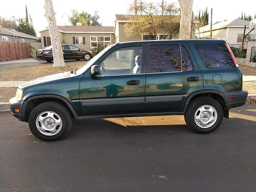 1998 HONDA CRV auto 4cyl all power AC stereo CD everything works well maint runs good good