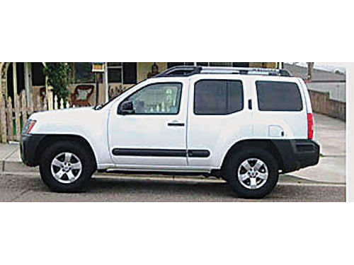 2013 NISSAN XTERRA S Sport Utility Glacier white excellent condition 6 cyl 5 speed Automatic 34