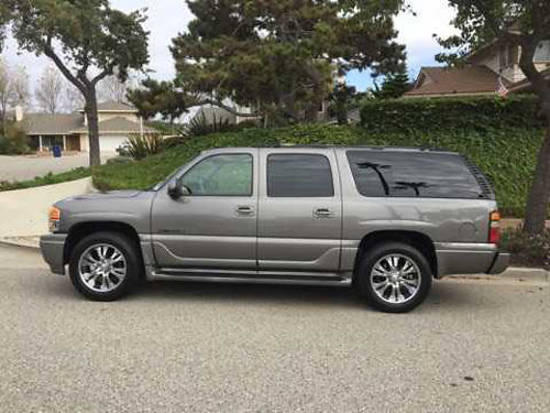 2005 GMC YUKON XL 1 owner xlnt cond AWD 60L V8 power everything DVD CD XM roof racks all