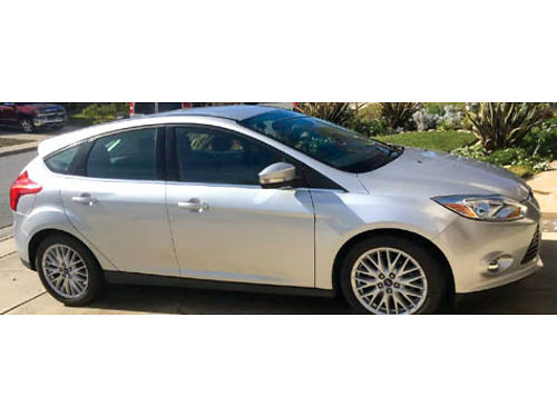 2012 FORD FOCUS SEL Hatchback 71500 miles my touch leather loaded xlnt cond 10500