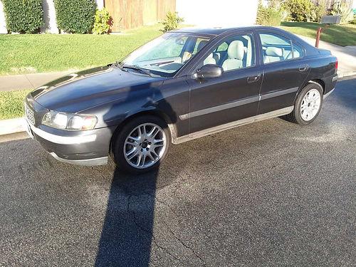 2002 VOLVO S60 blackgry lthr int all power snrf beautiful car nice shape known for safety  l