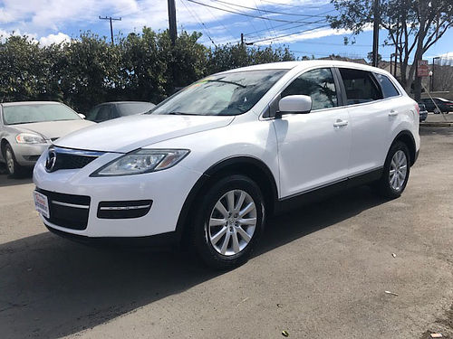 2008 MAZDA CX-9 - Top of the line luxury lthr all pwr rear AC alloys tow pkg roomy for family