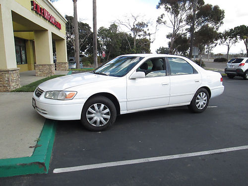 2001 TOYOTA CAMRY auto 34 MPG runs like new new tires AC good cond in and out smogged incl s