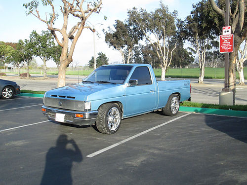 1989 NISSAN PICKUP Z24 eng 5 spd 4cyl new paint pdl alarm 144K orig mi shortbed runs good