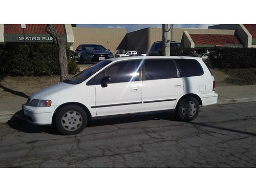 1998 HONDA ODYSSEY auto 4 cyl 7 pass clean in and out runs great 2500