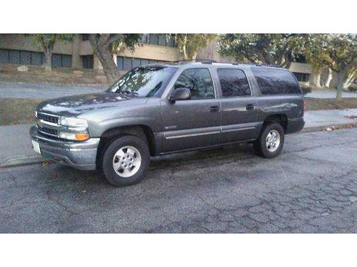 2000 CHEVY SUBURBAN auto 7 pass 3rd seat roof rack tow pkg runs great very clean in and out