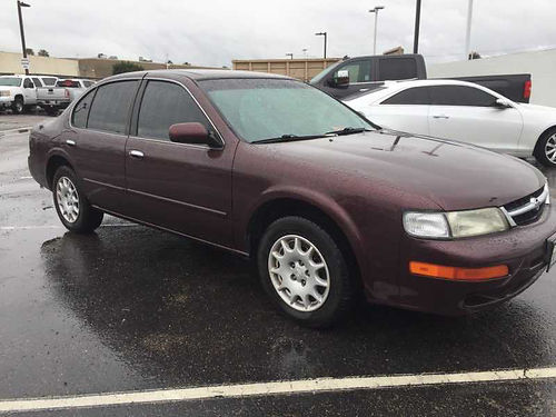 1998 NISSAN MAXIMA auto air pw pdl cc maroon w gray cloth int new tires well maint clean