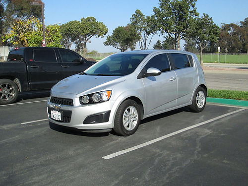 2014 CHEVY SONIC auto 4cyl all power AC CD 38200 miles 4 dr hatchback new tires nice  cle