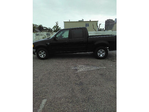 2002 FORD F150 CREW CAB auto V8 4 door runs xlnt need to sell it to go back to Mexico 4250 ob