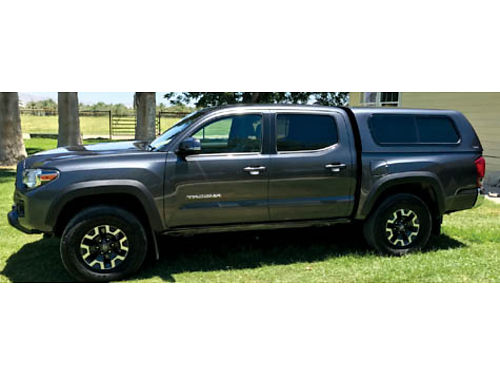 2017 TOYOTA TACOMA DOUBLE CAB 4dr TRD Offroad facty wrnty 10500 mi Navi LOADED 4x4 never use