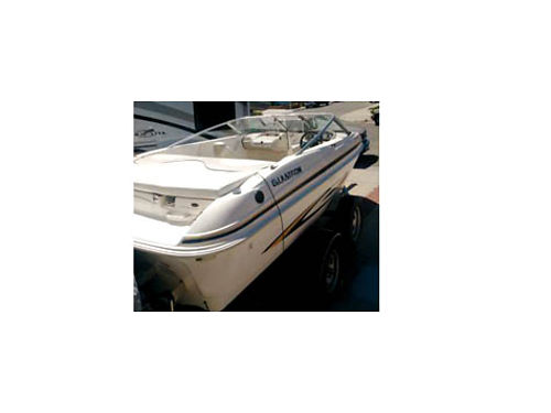 2007 GLASTRON BOAT 17 with trailer Volvo 135 HP IO motor MX-175 eng only has less than 100 hrs