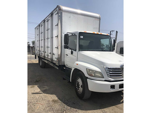 2007 HINO 268 auto 255K miles 26Lx2Hx102W new transmission guaranteed perfect condition tags e
