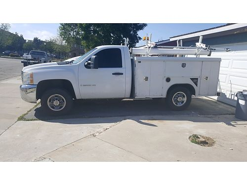 2008 CHEVY SILVERADO 2500 UTILITY HD auto V8 73K mi inverter in bed interi