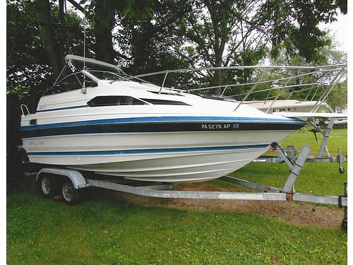 1988 BAYLINER 2155 Sierra Sunbridge 50L 230HP sleeps 4 new battery 2 props runs excellent V