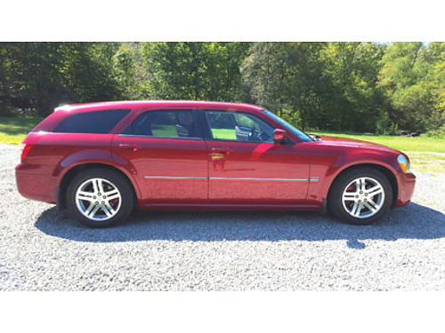2005 DODGE MAGNUM RT 57L Hemi auto RWD 13K miles red flood car R-title
