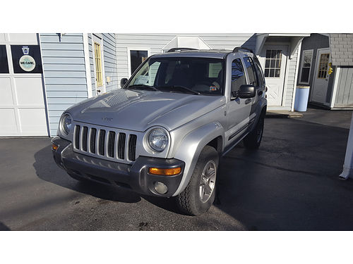 2004 JEEP LIBERTY 4WD with Columbia Pkg Edition auto V6 air tilt cruise moonroof CD power op