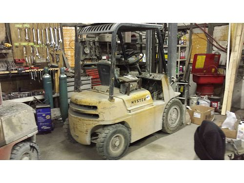 HYSTER Forklift- 5000 lbs lifting capacity Ford 4cyl gas engine includes all new All Terrain tire