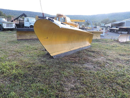 Valk 11 ft Snow Plow for dump truck or other application very nice 975 Mark Supply Co Saxton PA