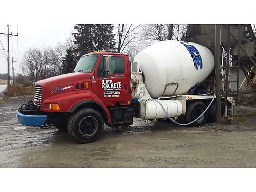 1998 FORD LOUISVILLE 8000 CEMENT MIXER  9 yd capacity 3126 CAT Engine 50000 miles on reman engine