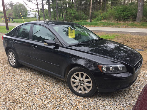 2006 VOLVO S40 SEDAN 4DR 6SPD 25L I5 Turbo engine 2995 Pugh Boys Auto Sales 3407 Route 553